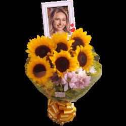 Buque  com  girassóis e flores do campo personalizado com foto